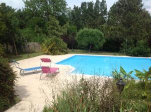 LE CORMIER DE L'ESTUAIRE, Bed & Breakfasts  Saint-Aubin-de-Blaye - big - 38
