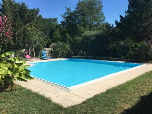 LE CORMIER DE L'ESTUAIRE, Bed & Breakfasts  Saint-Aubin-de-Blaye - big - 33