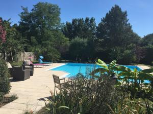 LE CORMIER DE L'ESTUAIRE, Bed & Breakfasts  Saint-Aubin-de-Blaye - big - 34