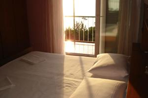 Apartments Under the Sunny Hill, Apartments  Podgora - big - 4
