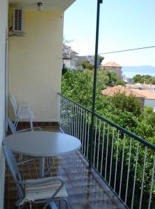 Apartments Under the Sunny Hill, Apartments  Podgora - big - 2