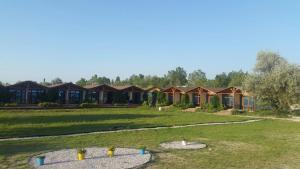 Oasis Beach Club, Szállodák  Lazurne - big - 21