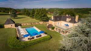 Les Charmes de Carlucet Manor and Villa, Ferienhäuser  Saint-Crépin-et-Carlucet - big - 1
