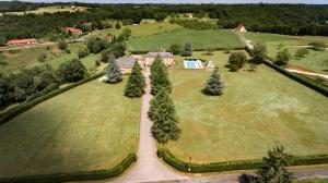 Les Charmes de Carlucet Manor and Villa, Ferienhäuser  Saint-Crépin-et-Carlucet - big - 16