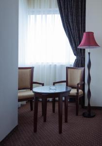 Sky Hotel, Отели  Орадя - big - 3