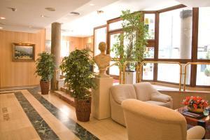 Hotel Tibur, Hotels  Saragossa - big - 31