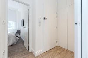 Soho 1 Bed Apartment L1 by BaseToGo, Апартаменты  Лондон - big - 13