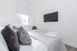 Soho 1 Bed Apartment L1 by BaseToGo, Апартаменты  Лондон - big - 21