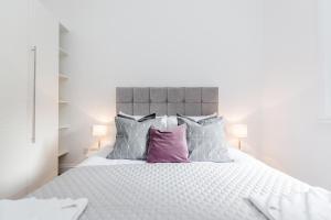 Soho 1 Bed Apartment L1 by BaseToGo, Апартаменты  Лондон - big - 17