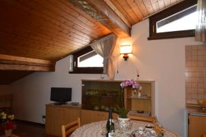 Casa Collini, Apartments  Pinzolo - big - 57
