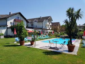 Hotel Villa Flora, Hotely  Velden am Wörthersee - big - 12
