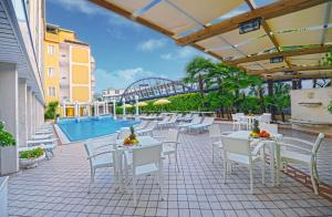 Prenota Hotel Aurora Terme