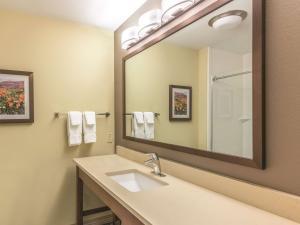 La Quinta Inn & Suites Durango, Hotely  Durango - big - 7