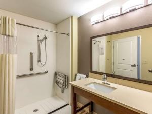 La Quinta Inn & Suites Durango, Hotely  Durango - big - 8