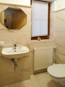 Haus Ruech 164W, Case vacanze  Hart im Zillertal - big - 22