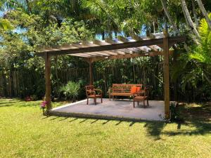 Villa das Alamandas, Holiday homes  Florianópolis - big - 30