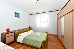 Apartment Milan, Apartments  Bibinje - big - 7