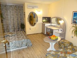 Hotel Color, Hotely  Varna - big - 111