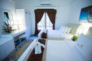 Package - Deluxe Triple Room