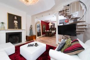Mews House in Popular Earls Court, Апартаменты  Лондон - big - 7
