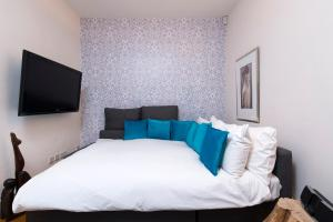 Mews House in Popular Earls Court, Апартаменты  Лондон - big - 10