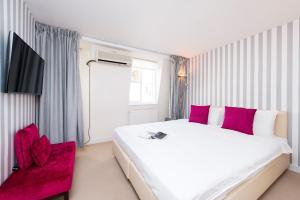 Mews House in Popular Earls Court, Апартаменты  Лондон - big - 16