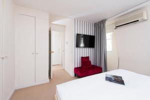 Mews House in Popular Earls Court, Апартаменты  Лондон - big - 30