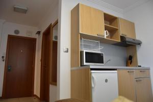 Emerald Beach Resort & SPA CTS, Apartments  Ravda - big - 67