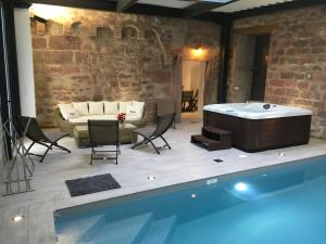 AHOTELcom SAVERNE GUEST HOUSE SPA Villa Saverne France - Piscine de saverne horaires d ouverture