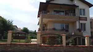 Guest House Amira, Гостевые дома  Кранево - big - 14
