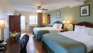 Oceanside Queen Room with Two Queen Beds