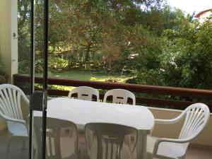 Villa das Alamandas, Holiday homes  Florianópolis - big - 25