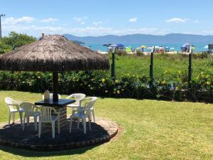Villa das Alamandas, Nyaralók  Florianópolis - big - 20