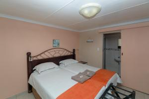 Drei externe Schlafzimmer mit Wohnbereich