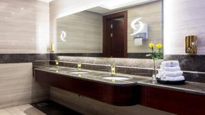 Renz Hotel Al Hamrah, Hotely  Džidda - big - 12