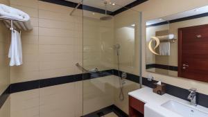 Renz Hotel Al Hamrah, Szállodák  Dzsidda - big - 21