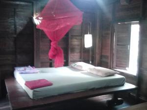 Nature House, Комплексы для отдыха с коттеджами/бунгало  Banlung - big - 38