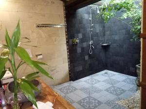 Mi Casa Ijen Guest House, Guest houses  Licin - big - 44