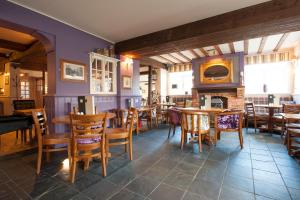 The Fishbourne (7 of 58)