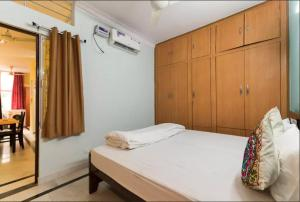 We At Home Serviced Apartment :), Apartments  New Delhi - big - 22