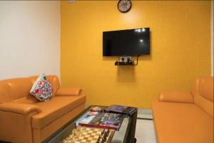 We At Home Apartment, Malviya Nagar :), Апартаменты  Нью-Дели - big - 35