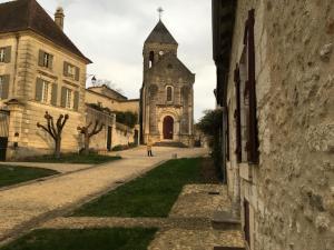 Au Pied du Chateau, Ferienhäuser  Bourdeilles - big - 16
