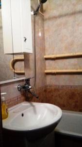 Apartment on Bakinskaya 33, Appartamenti  Kogalym - big - 2