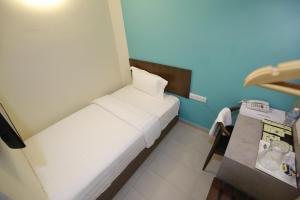 Pantai Regal Hotel, Hotely  Kuantan - big - 37