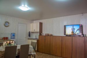 Apartment on Pospelova 12 а, Apartmány  Tashtagol - big - 20