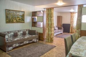 Apartment on Pospelova 12 а, Apartmány  Tashtagol - big - 21