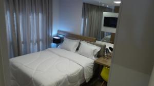 2 Quartos c/ Garagem e Wifi no Batel, Apartmány  Curitiba - big - 4