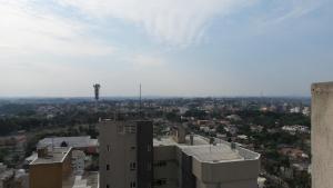 2 Quartos c/ Garagem e Wifi no Batel, Apartmány  Curitiba - big - 8