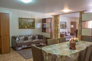 Apartment on Pospelova 12 а, Apartmány  Tashtagol - big - 26