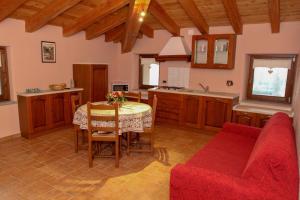 La Maison De Deni, Ferienwohnungen  Aymavilles - big - 12